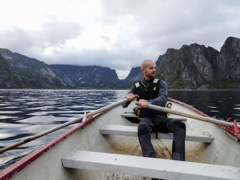 Navigation dans le Reinefjord
