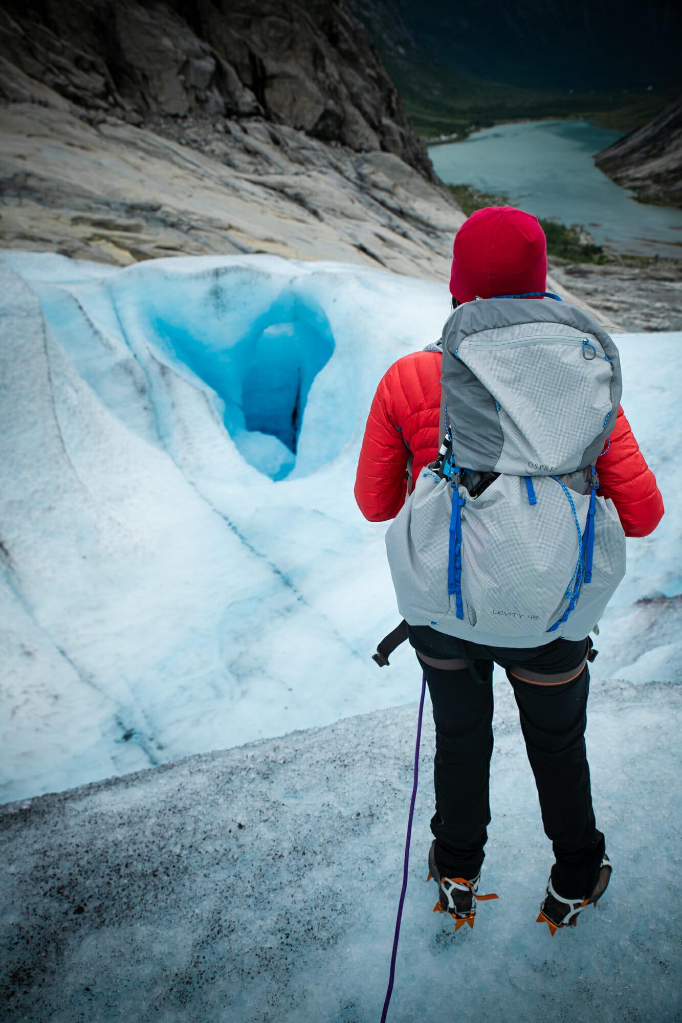 Marcher sur un glacier en Norvège - Nigardsbreen