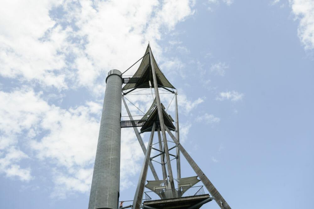 Tour du Millénaire au sommet de la Province de Namur