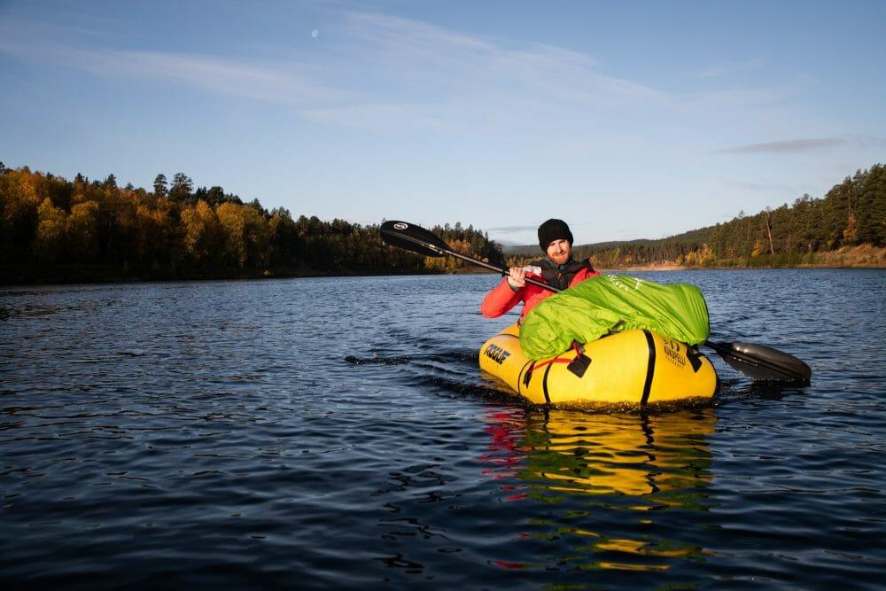 Packraft en Laponie finlandaise