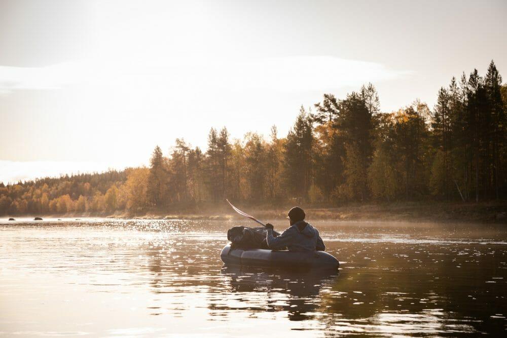 Packraft sur l'Ivalojoki