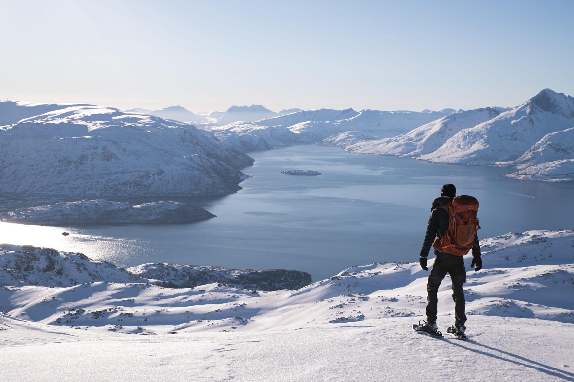 Vue depuis le Nordtinden sur Kvaløya