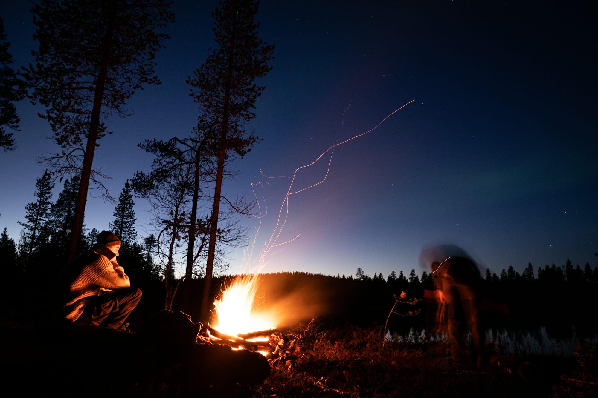 bivouac sous les aurores boréales en Laponie finlandaise