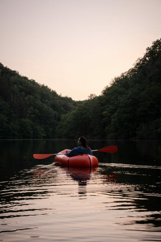 Packraft sur le Lac de Nisramont