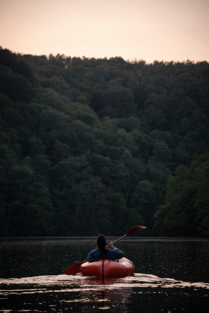 Lac de Nisramont au crépuscule