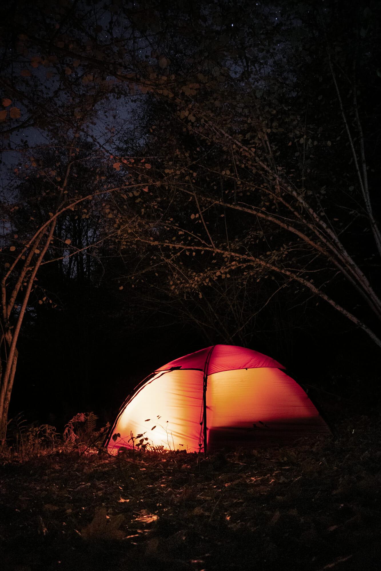 Bivouac en tente dans la vallée de la Semois