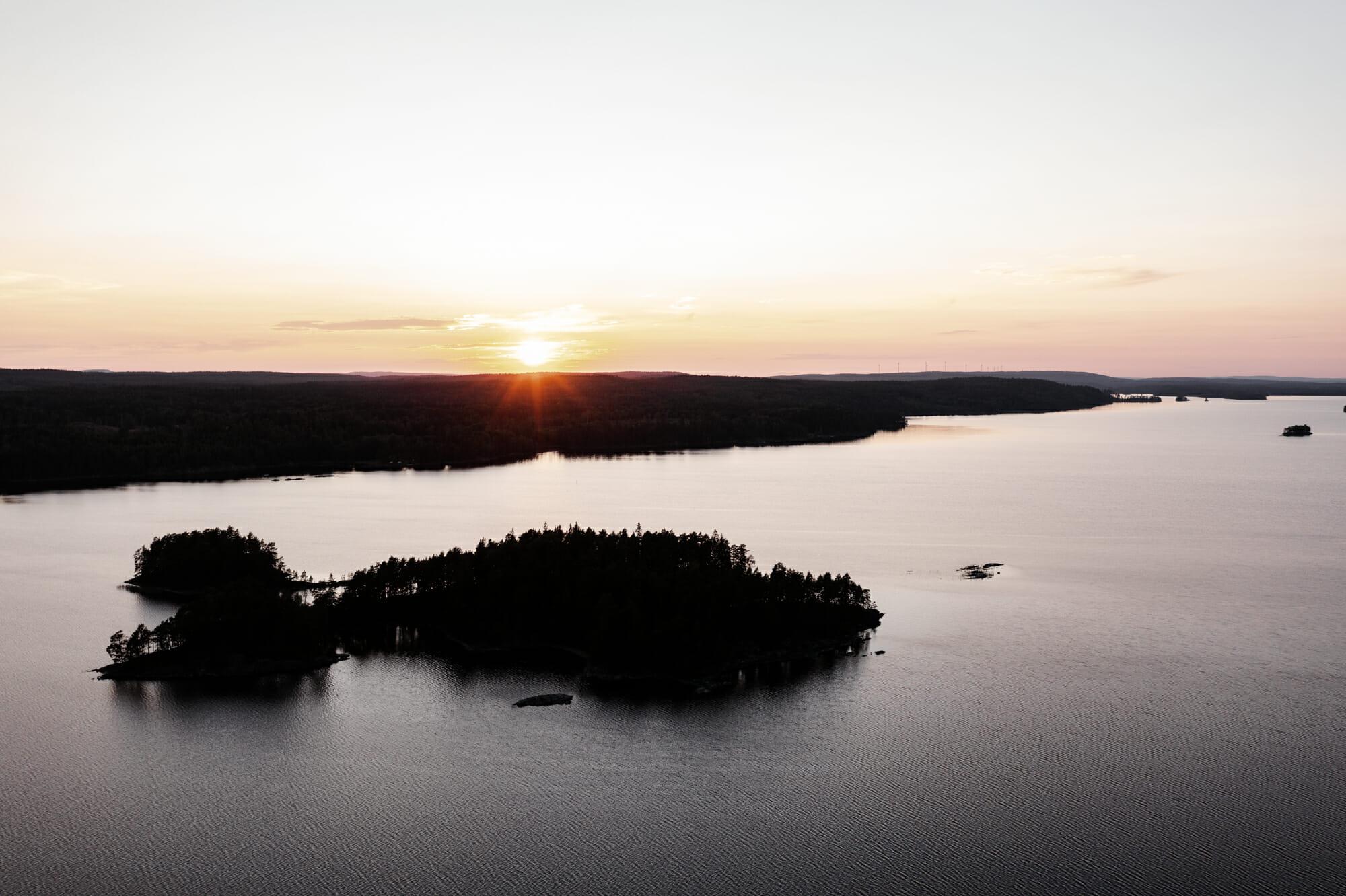 Vue sur une île dans le Värmland en Suède