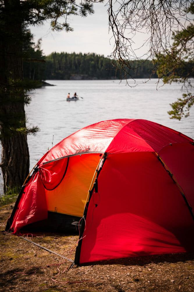 Tente Hilleberg et Canoë dans le Värmland